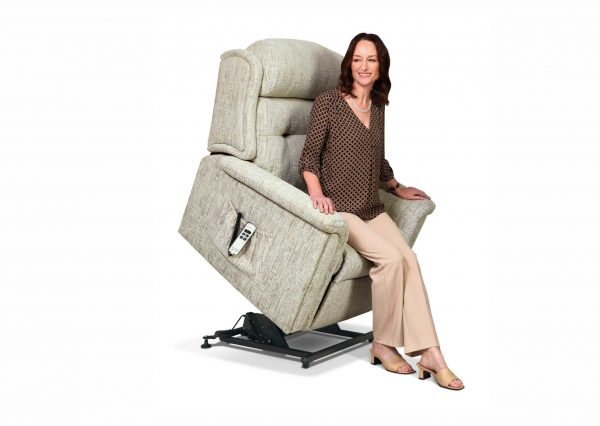 Roma Small Lift and Rise Chair