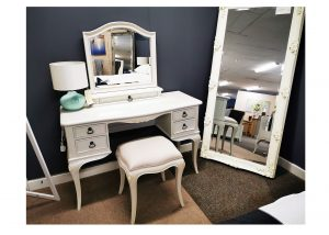 Toulouse Dresser Set Clearance