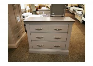 Valencia 4 Drawer Chest Clearance