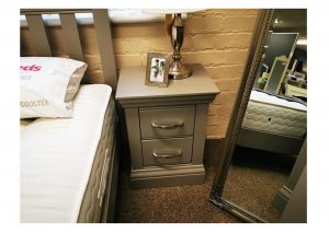 Valencia Small Bedside Clearance